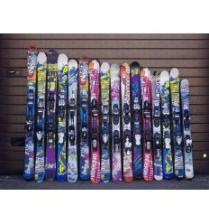 Used kids and junior skis
